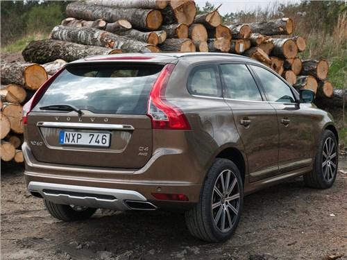 Volvo вывела на дорожные тесты новый XC60