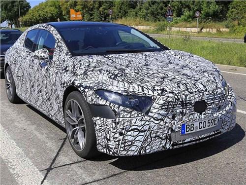 Новость про Mercedes-Benz - Конкурент Tesla Model S от Mercedes-Benz вышел на тесты