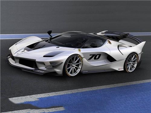 Ferrari показала экстремальный вариант FXX K