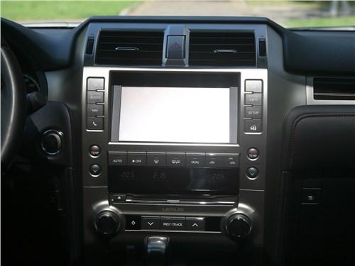 Lexus GX 460 2020 центральная консоль