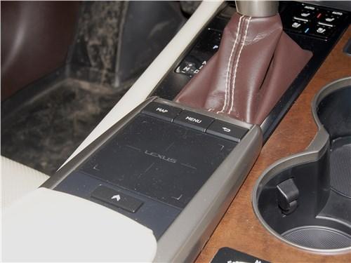 Lexus RX 350 2020 тачпад