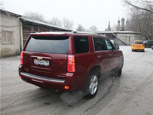 Chevrolet Tahoe 2018 вид сзади