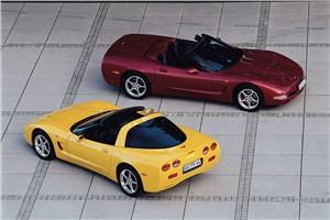 Предпросмотр chevrolet corvette 2001 в кузовах тарга и кабриолет фото 1