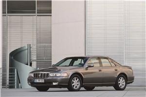 Большая тройка (Cadillac Seville, Chrysler 300M, Lincoln Continental) Seville - Cadillac Seville 1998 вид спереди слева фото 2