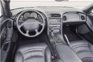 Предпросмотр chevrolet corvette 2001 интерьер