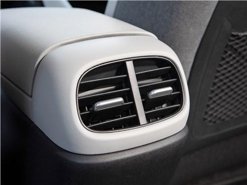 Hyundai Elantra (2021) дефлекторы