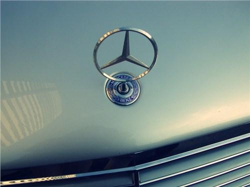 Новость про Mercedes-Benz - В августе объем продаж Daimler AG в России сократился на 3,7%
