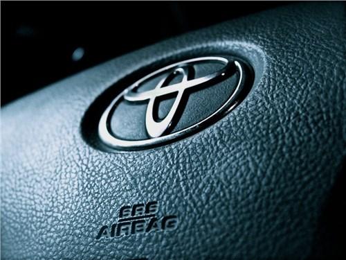 Новость про Toyota - Toyota отзывает около 4,3 млн автомобилей по всему миру