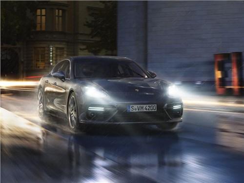 Новость про Porsche Panamera - Porsche анонсировала появление гибридного Panamera на российском рынке