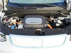 Предпросмотр kia soul ev 2015 двигатель