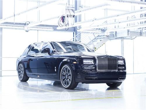 Новость про Rolls-Royce Phantom - Rolls-Royce собрал последний Phantom седьмого поколения