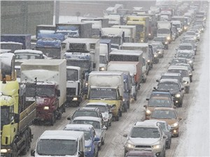Генпрокуратура проверяет пробки на трассе М-10 «Россия»