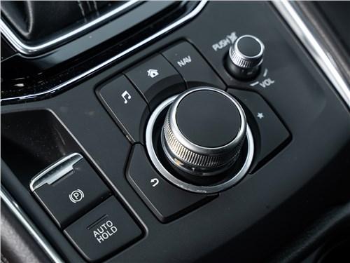 Mazda CX-5 (2021) средняя консоль