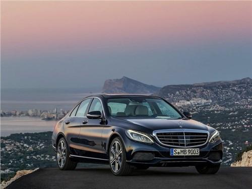 Mercedes-Benz отзывает свои автомобили в России