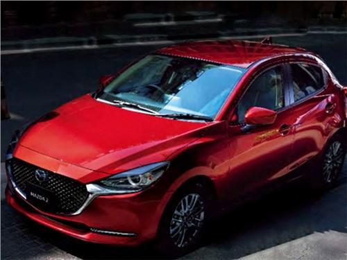 Mazda 2 равняется на старших