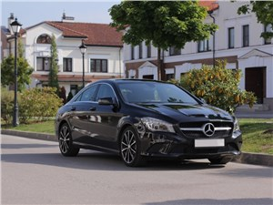 Mercedes-Benz CLA - mercedes cla 200 вид спереди