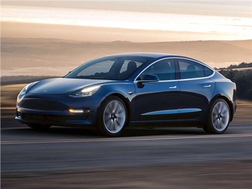 Tesla сняла Model 3 с конкурса «Североамериканский автомобиль года»
