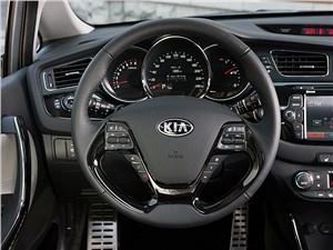 Предпросмотр kia cee'd 2012 хэтчбек многофункциональное рулевое колесо