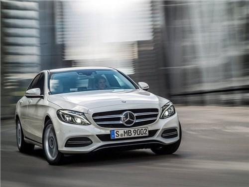 Mercedes-Benz вывел на дорожные тесты обновленный C-Class