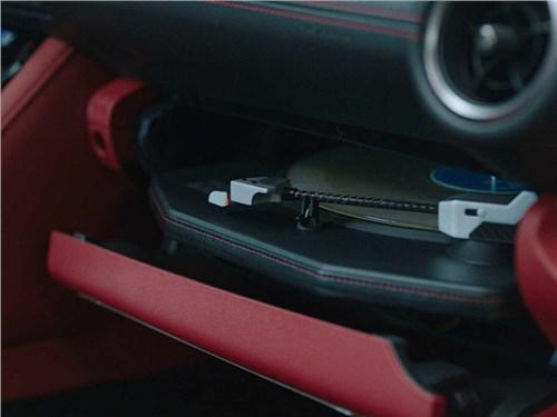 В Lexus построили автомобиль для аудиофилов