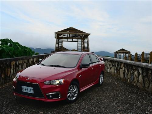 Новость про Mitsubishi Lancer - Mitsubishi готовит рестайлинг седана Lancer для китайского рынка