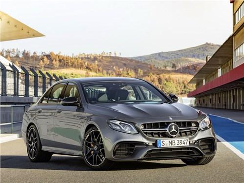 Mercedes-AMG представил самую быструю модификацию седана E-Class