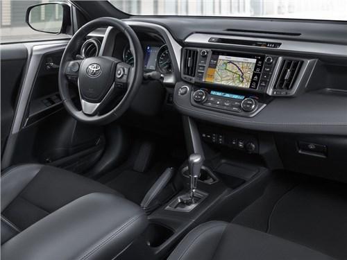 Toyota начала прием заказов на новую версию RAV4