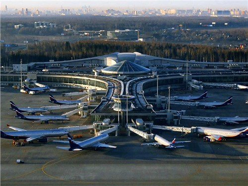 Аэропорт Шереметьево расщедрился на парковку