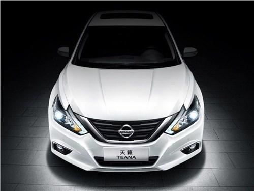 Новость про Nissan Teana - Nissan рассекретил рестайлинговый седан Teana