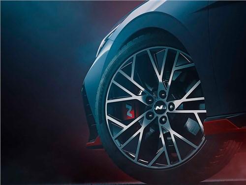 Hyundai готовится представить заряженную Elantra