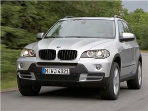 BMW отзывает X5