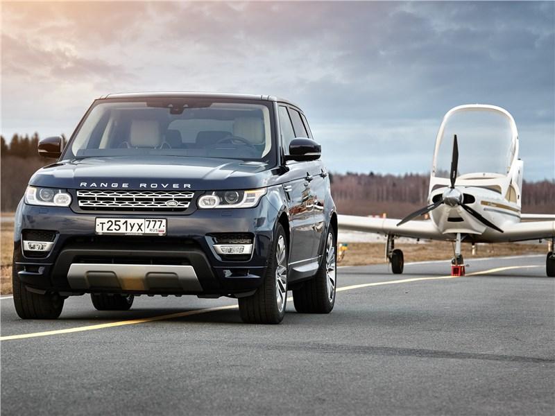 Против правил Range Rover Sport