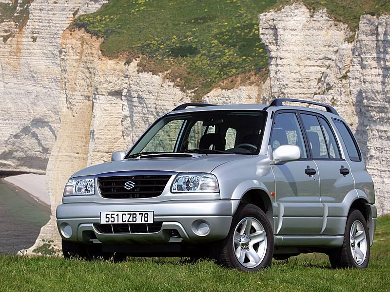 Suzuki Grand Vitara 5d 2004 вид спереди слева
