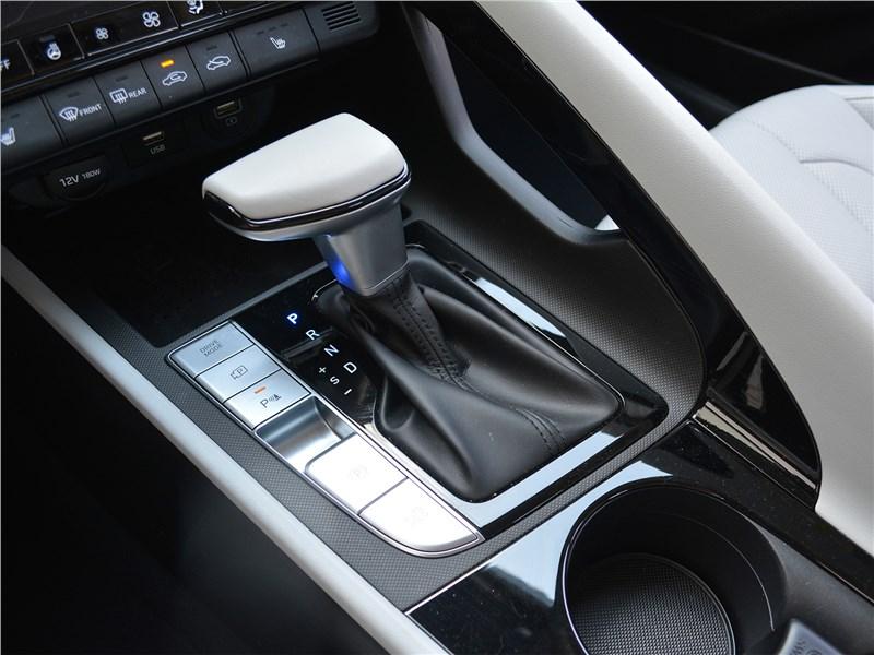 Hyundai Elantra (2021) АКПП