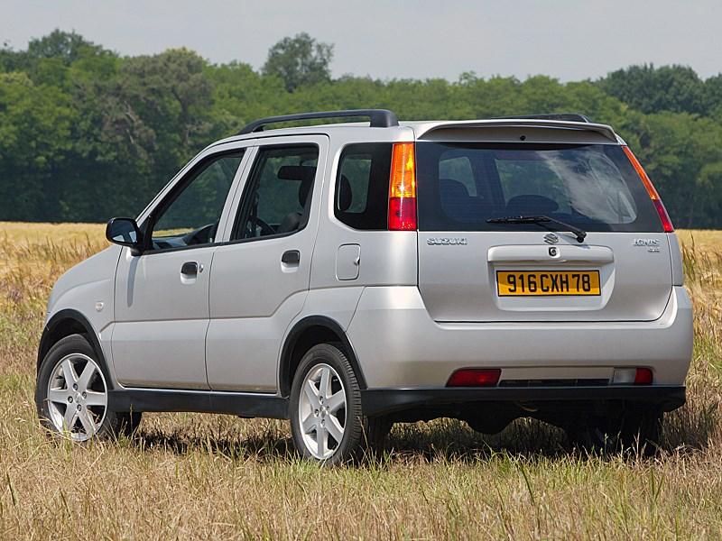 Suzuki Ignis 2004 4х4 вид сзади слева