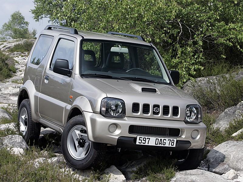 Suzuki Jimny 2004 вид спереди справа