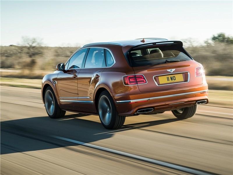 Bentley Bentayga Speed 2020 вид сзади