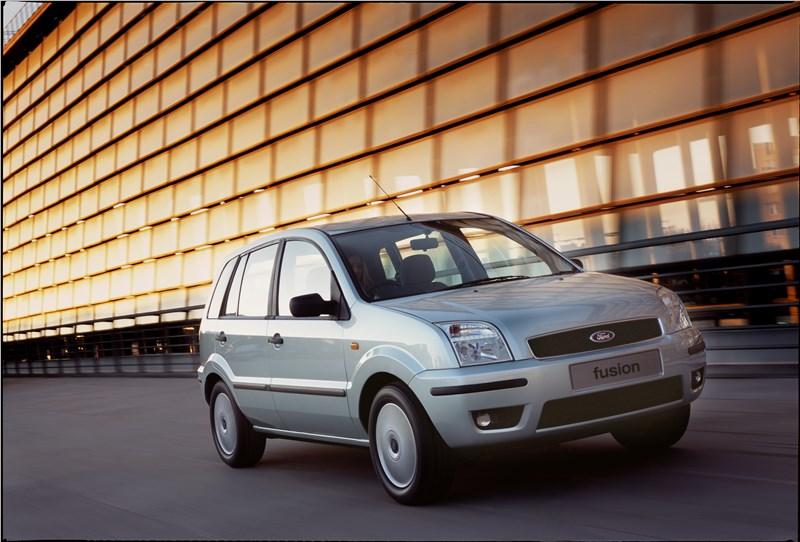 Ford Fusion 2002 динамика фото 3