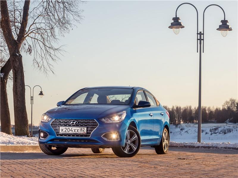 Hyundai Solaris 2017 вид спереди