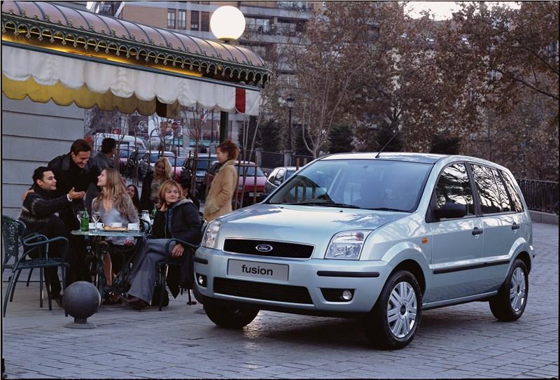 Ford Fusion 2002 статика фото 5