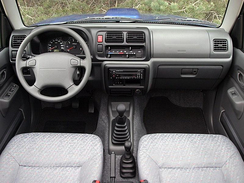 Suzuki Jimny Convertible 2004 торпедо