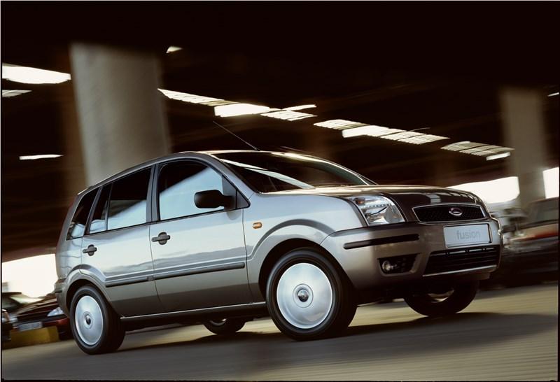 Ford Fusion 2002 динамика фото 4