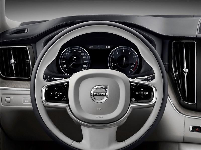 Volvo XC60 2018 руль
