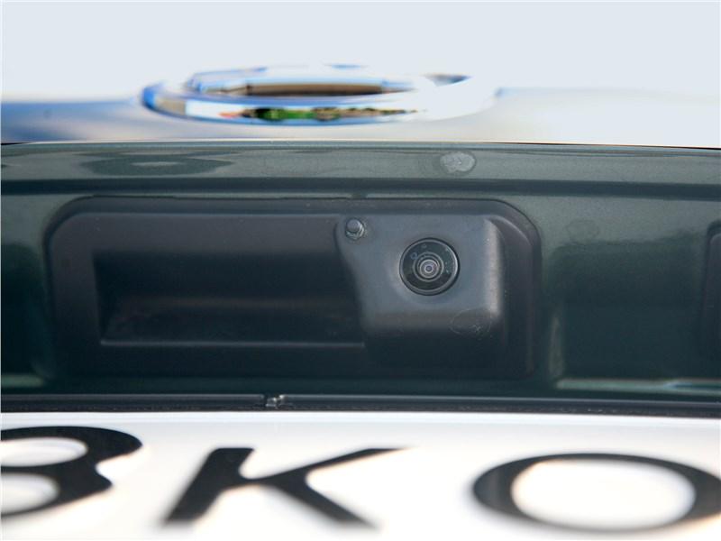 Skoda Superb Combi 2016 задняя видеокамера