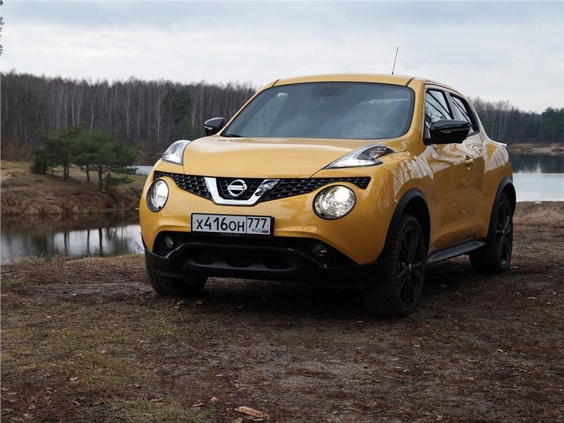 Nissan Juke 2015 вид спереди