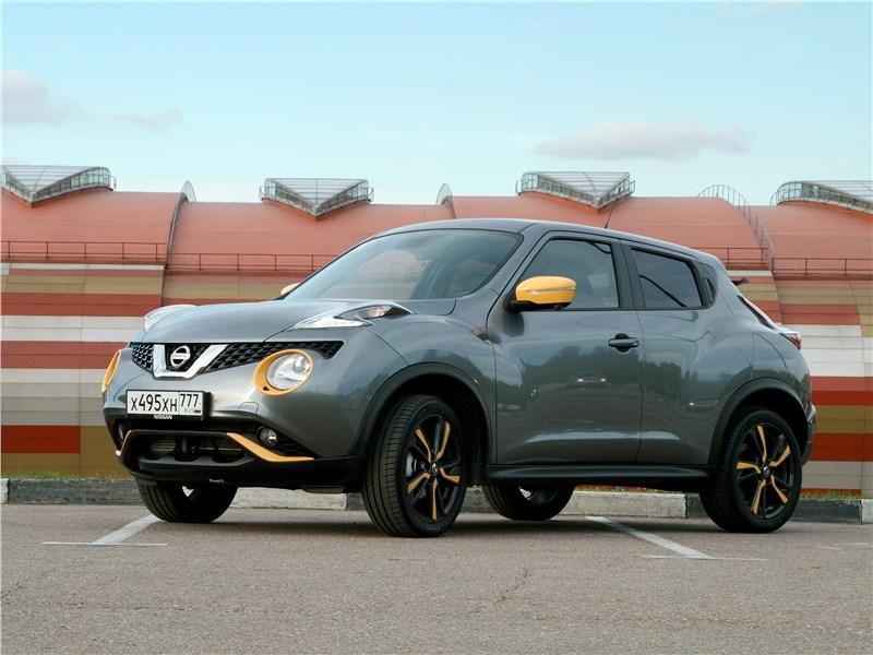 Nissan Juke 2017 вид спереди
