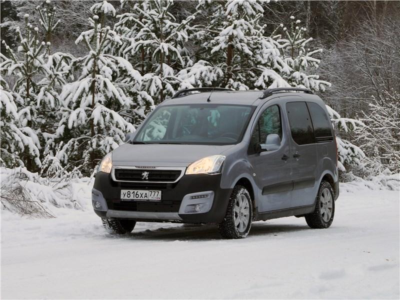 Peugeot Partner Tepee 2016 вид спереди