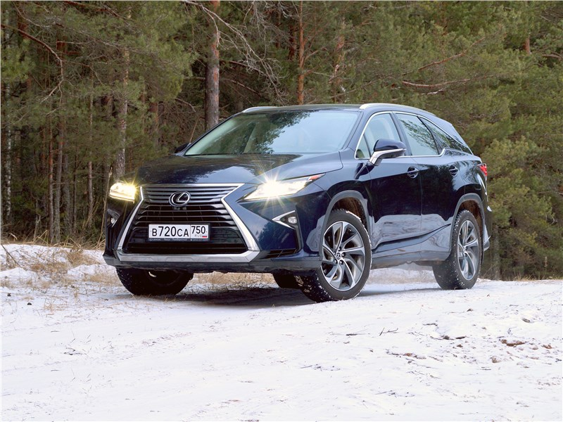 Lexus RX - lexus rx 350l 2018 два плюс-минус три