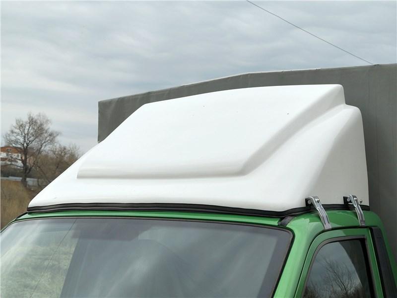 УАЗ «Профи» 4x4 2018 спойлер на крыше кабины