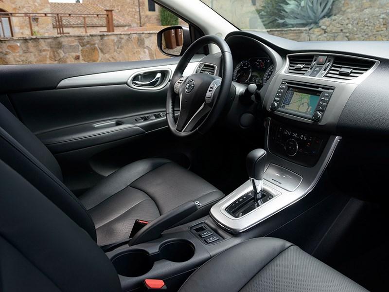 Nissan Sentra 2013 салон